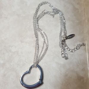 Aeropostale heart necklace